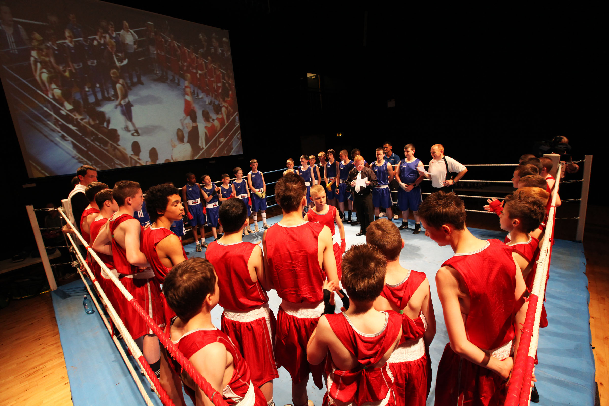 Feast of boxing as young people beat sectarianism to the punch